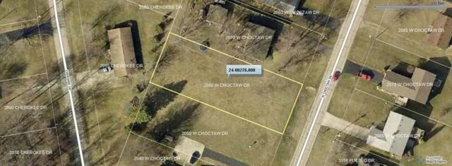 2060 W Choctaw Drive, London, OH 43140 (MLS #218037152) :: The Clark Group @ ERA Real Solutions Realty