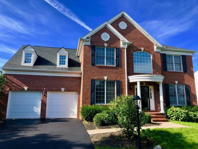 7073 Maynard Place E, New Albany, OH 43054 (MLS #218037679) :: The Raines Group