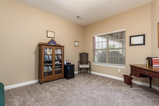 900 Essex Loop, Marysville, OH 43040 (MLS #218038564) :: Brenner Property Group | KW Capital Partners