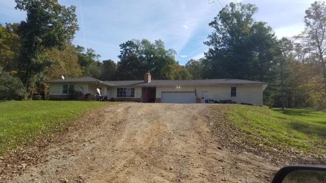 1967 Dry Creek Road NW, Granville, OH 43023 (MLS #218039928) :: The Raines Group