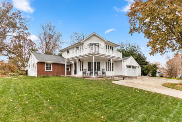 216 Lakeshore Drive W, Hebron, OH 43025 (MLS #218042273) :: The Raines Group