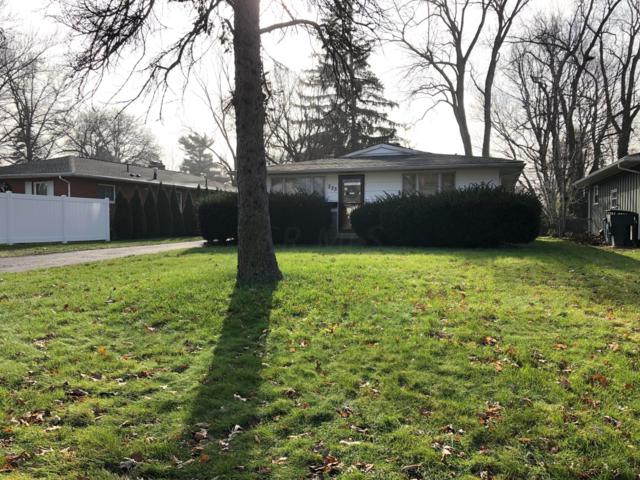 225 E Stanton Avenue, Columbus, OH 43214 (MLS #218043845) :: Berkshire Hathaway HomeServices Crager Tobin Real Estate