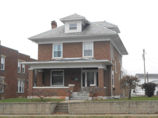 597 N Court Street, Circleville, OH 43113 (MLS #218044225) :: The Mike Laemmle Team Realty
