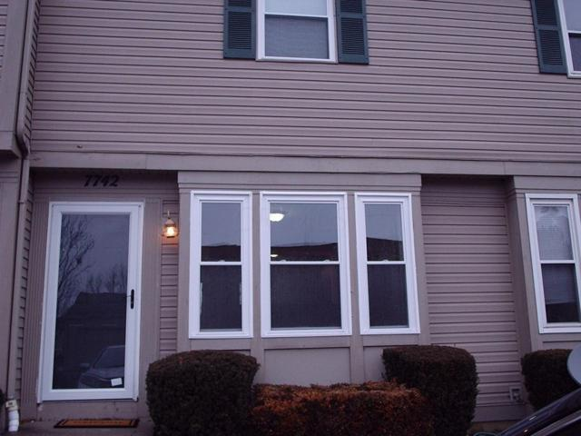 7742 Barkwood Drive 5B, Worthington, OH 43085 (MLS #219003905) :: Berkshire Hathaway HomeServices Crager Tobin Real Estate