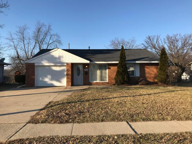 4718 Arnold Avenue, Columbus, OH 43228 (MLS #219004539) :: Brenner Property Group | KW Capital Partners