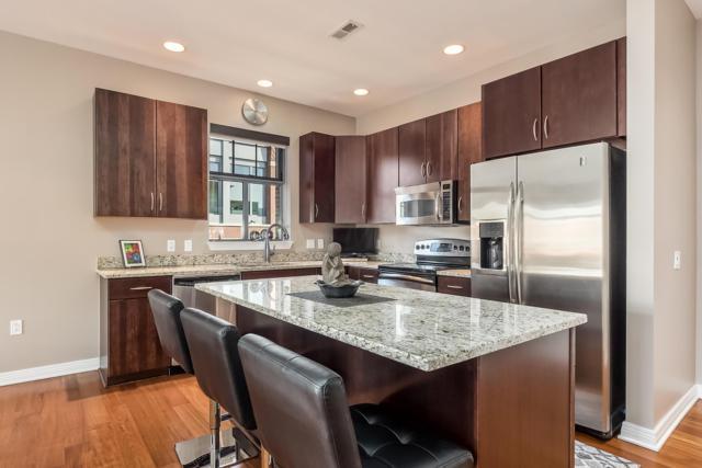 250 Daniel Burnham Square #710, Columbus, OH 43215 (MLS #219006987) :: Signature Real Estate