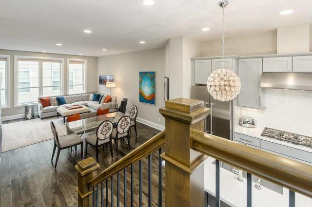 1001 Dennison Avenue, Columbus, OH 43201 (MLS #219009941) :: Signature Real Estate