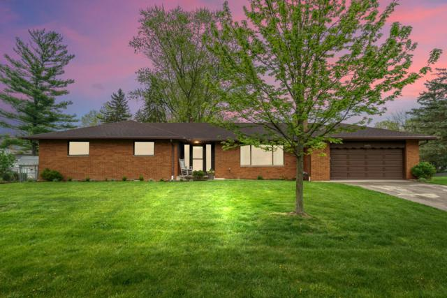 4400 Stellar Drive, Hilliard, OH 43026 (MLS #219013526) :: Berkshire Hathaway HomeServices Crager Tobin Real Estate