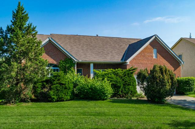 6032 Homestead Court, Hilliard, OH 43026 (MLS #219016993) :: Keith Sharick | HER Realtors