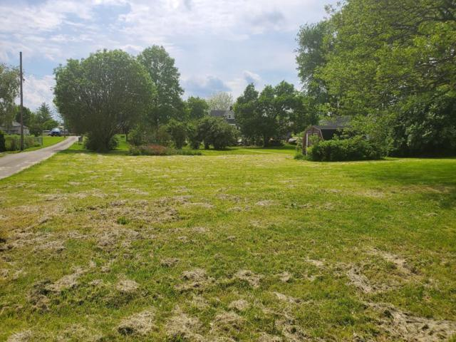 32 Lincoln Street, Bloomingburg, OH 43106 (MLS #219017135) :: Berkshire Hathaway HomeServices Crager Tobin Real Estate