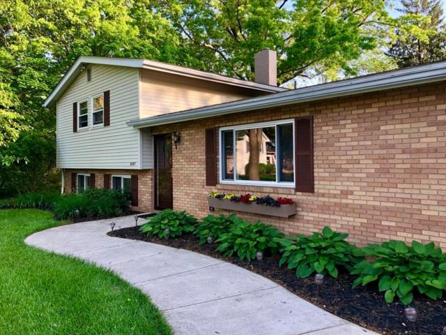 4247 Darbyshire Court, Hilliard, OH 43026 (MLS #219017223) :: Keith Sharick | HER Realtors