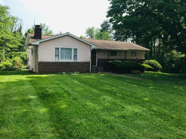 2431 Rainbow Drive NE, Lancaster, OH 43130 (MLS #219018194) :: Brenner Property Group | Keller Williams Capital Partners