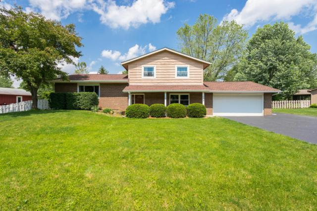 57 Hawthorn Road SW, Etna, OH 43062 (MLS #219019429) :: Signature Real Estate