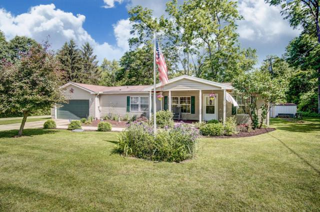 5676 Cypress Drive NE, Thornville, OH 43076 (MLS #219019728) :: The Clark Group @ ERA Real Solutions Realty