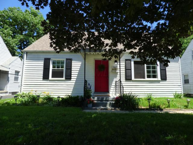 3432 Homecroft Drive, Columbus, OH 43224 (MLS #219021449) :: The Clark Group @ ERA Real Solutions Realty
