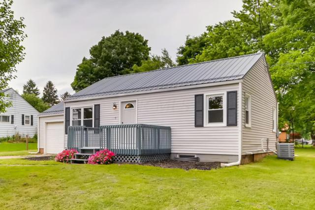 7 Lakeview Drive, Mount Vernon, OH 43050 (MLS #219021595) :: Julie & Company