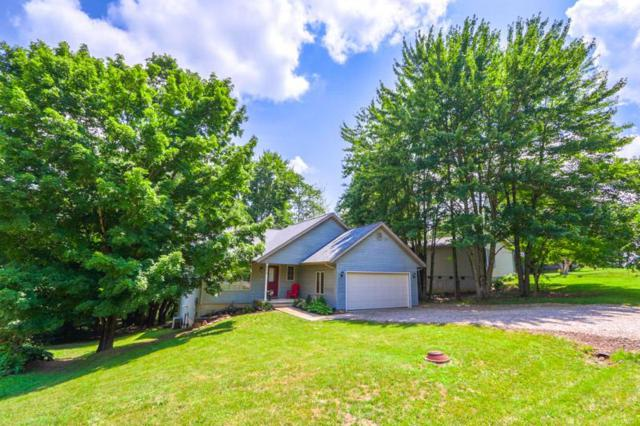 886 Country Club Drive, Howard, OH 43028 (MLS #219025075) :: Berkshire Hathaway HomeServices Crager Tobin Real Estate