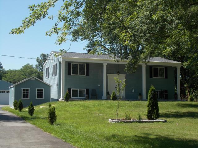 8195 Walnut Street, New Albany, OH 43054 (MLS #219026853) :: The Raines Group