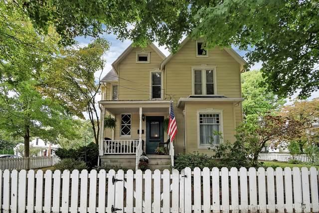 233 S Pearl Street, Granville, OH 43023 (MLS #219038992) :: Keller Williams Excel