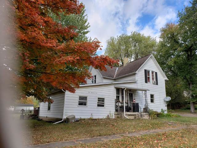 301 Locust Street, Mount Vernon, OH 43050 (MLS #219045328) :: The Clark Group @ ERA Real Solutions Realty