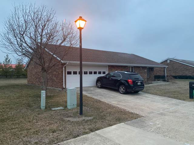 607 Circle Drive, London, OH 43140 (MLS #220001717) :: CARLETON REALTY