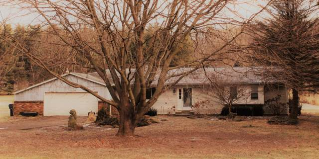 3250 Raccoon Valley Road, Granville, OH 43023 (MLS #220001939) :: The Raines Group