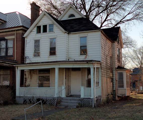 545 Linwood Avenue, Columbus, OH 43205 (MLS #220002628) :: The Clark Group @ ERA Real Solutions Realty