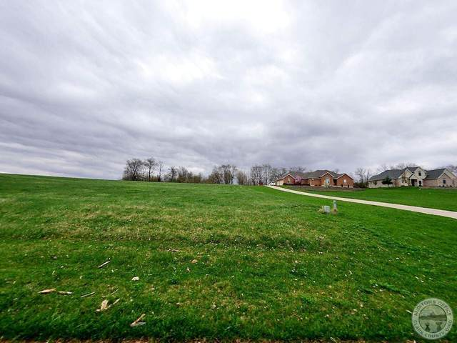 130 Clubhouse Drive, South Charleston, OH 45368 (MLS #220006175) :: Susanne Casey & Associates