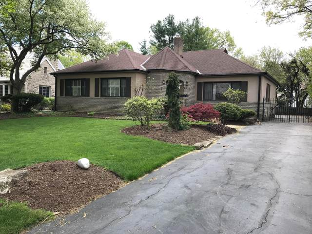2703 Bryden Road, Bexley, OH 43209 (MLS #220006201) :: Signature Real Estate
