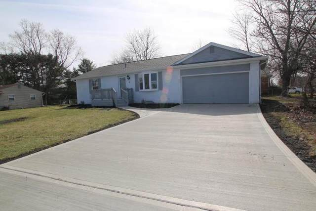 5 Middleview Drive, Sunbury, OH 43074 (MLS #220007949) :: Susanne Casey & Associates