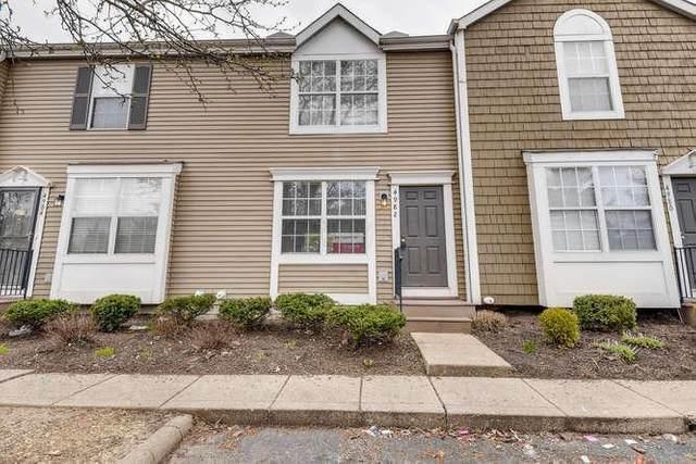 4982 Singleton Drive 14C, Hilliard, OH 43026 (MLS #220009466) :: Berkshire Hathaway HomeServices Crager Tobin Real Estate