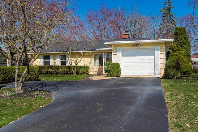 1918 Langham Road, Upper Arlington, OH 43221 (MLS #220009476) :: Susanne Casey & Associates