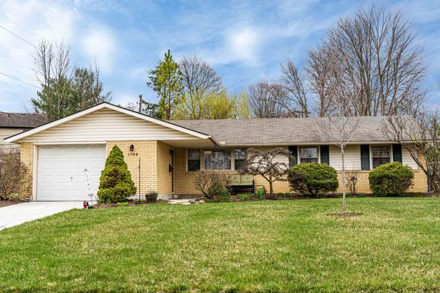 1702 Dean Court, Reynoldsburg, OH 43068 (MLS #220009582) :: Signature Real Estate