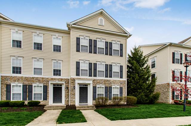 5566 Middle Falls Street 52-556, Dublin, OH 43016 (MLS #220009821) :: Signature Real Estate