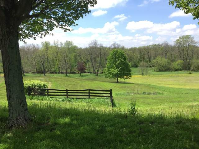2151 Gardner Road, Galloway, OH 43119 (MLS #220015595) :: Berkshire Hathaway HomeServices Crager Tobin Real Estate