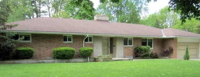 99 Croswell Road, Columbus, OH 43214 (MLS #220015973) :: Susanne Casey & Associates