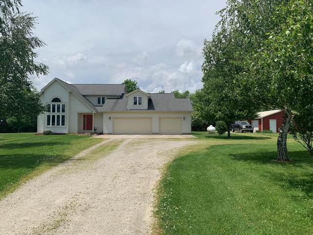 29939 Wolfe Road, Circleville, OH 43113 (MLS #220016797) :: The Raines Group