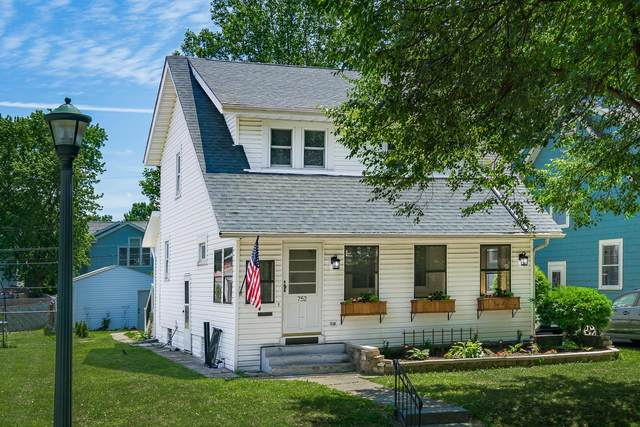 752 Vernon Road, Bexley, OH 43209 (MLS #220018404) :: Berkshire Hathaway HomeServices Crager Tobin Real Estate