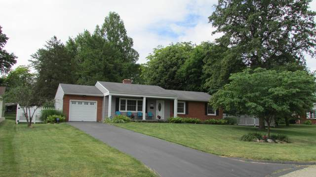 359 Darbyview Drive, West Jefferson, OH 43162 (MLS #220019368) :: Signature Real Estate