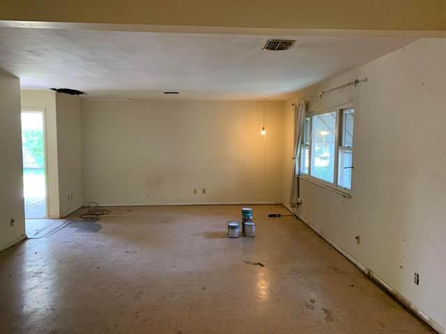 5185 Mapleridge Drive, Columbus, OH 43232 (MLS #220021772) :: Signature Real Estate