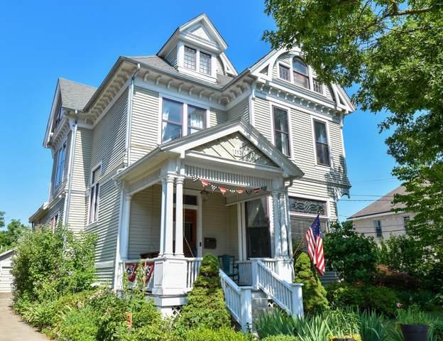117 S Prospect Street, Granville, OH 43023 (MLS #220021807) :: BuySellOhio.com