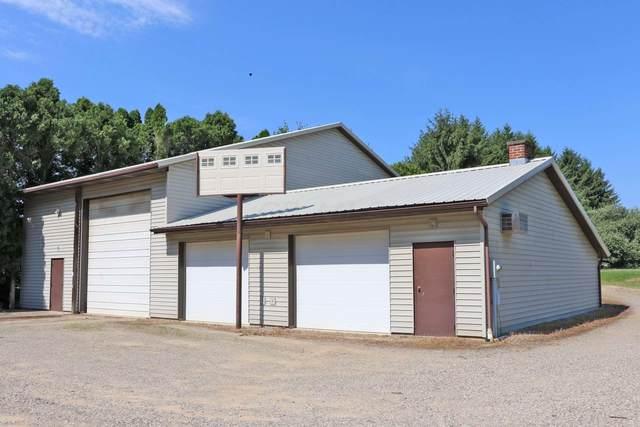 10901 Tucker Road, Mount Vernon, OH 43050 (MLS #220022121) :: Susanne Casey & Associates