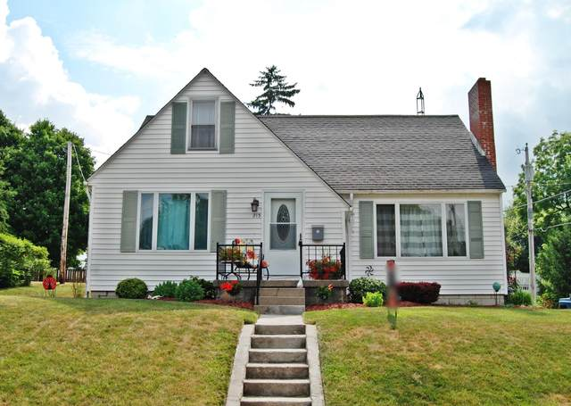 215 Powers Street, Bellefontaine, OH 43311 (MLS #220022639) :: CARLETON REALTY