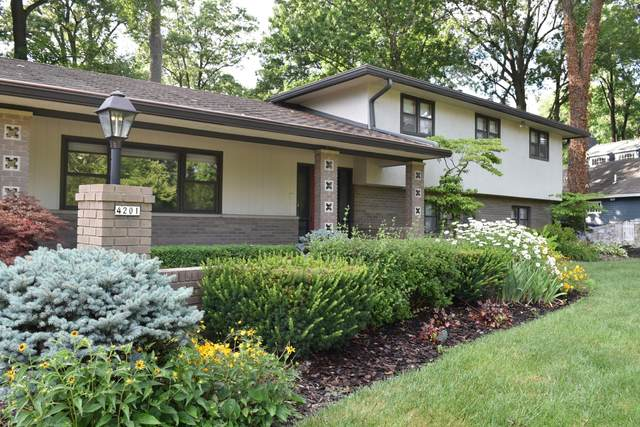 4201 Woodbridge Road, Columbus, OH 43220 (MLS #220026416) :: 3 Degrees Realty