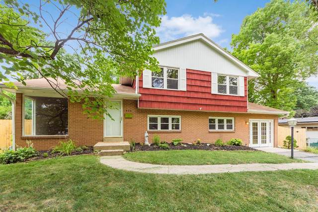 928 Caniff Place, Columbus, OH 43221 (MLS #220027030) :: The Clark Group @ ERA Real Solutions Realty