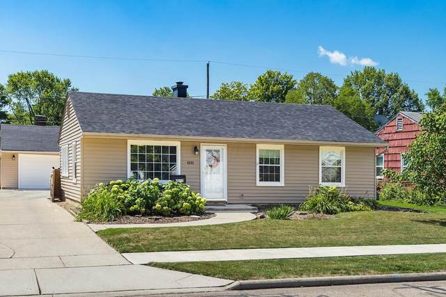 4633 Annhurst Road, Columbus, OH 43228 (MLS #220027230) :: The Clark Group @ ERA Real Solutions Realty