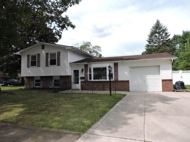 405 Foxwood Drive, Columbus, OH 43230 (MLS #220028269) :: Core Ohio Realty Advisors