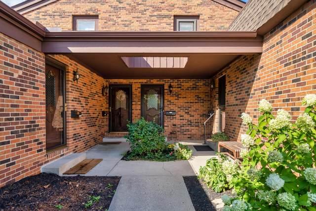 4234 Chaucer Lane, Upper Arlington, OH 43220 (MLS #220031003) :: Jarrett Home Group