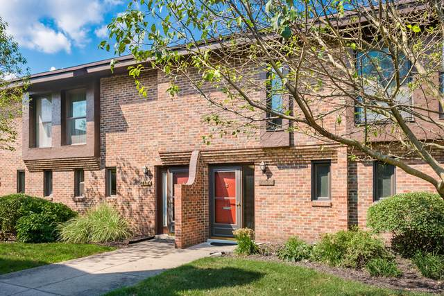 2802 Churchill Drive #33, Upper Arlington, OH 43221 (MLS #220031296) :: The Willcut Group