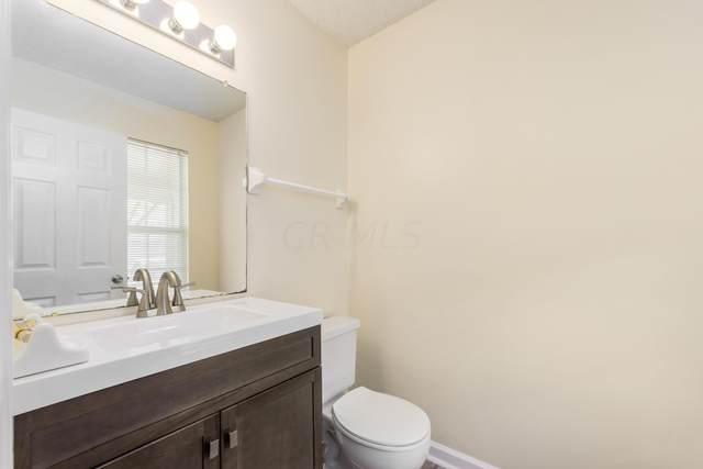 5437 Ambrosia Avenue 24B, Columbus, OH 43235 (MLS #220031661) :: ERA Real Solutions Realty